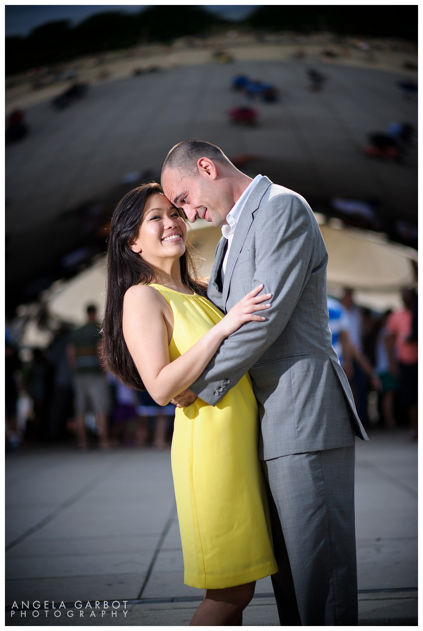 Hanny + Nick | Chicago Pre-Wedding/Engagement Session Millennium Park and Edgewater Beach (c)Angela B. Garbot www.AngelaGarbot.com #prewedding #chicagoprewedding #chicagoengagementsession #engagementsession #weddingphotographer #chicagoweddingphotographer #destinationweddingphotographer